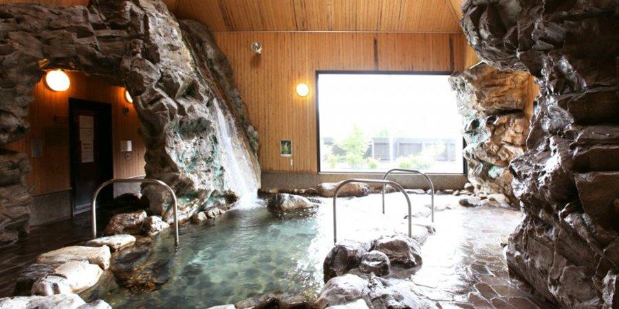 【Point 15km】Mori-no-kuni Poppo Hot Spring