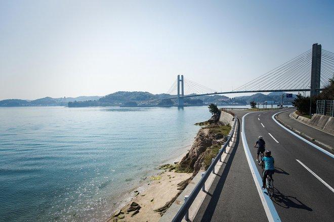 Cycling through Kamijima